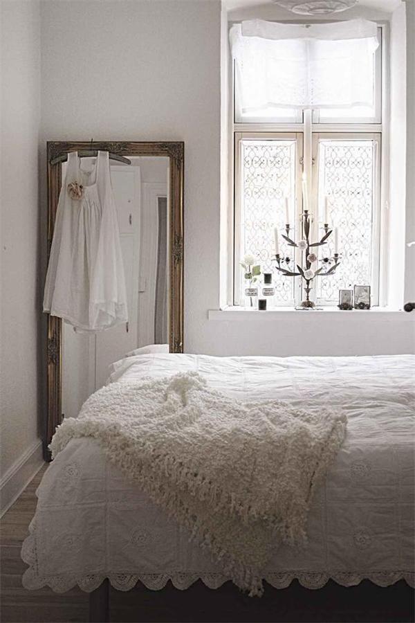 bedroom. Best 25  Vintage white bedroom ideas on Pinterest   Crochet