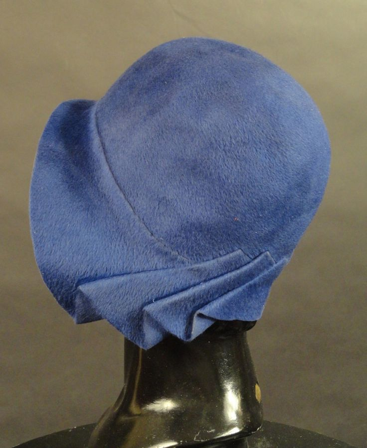 1920s Blue Felt Cloche- Vintage Martini
