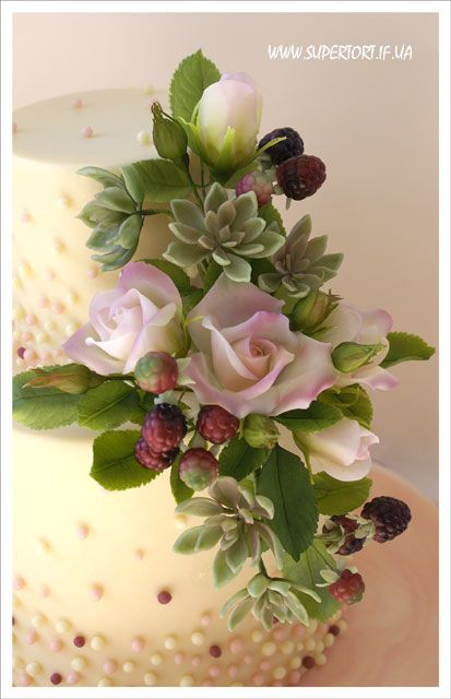 Roses, succulents and blackberries