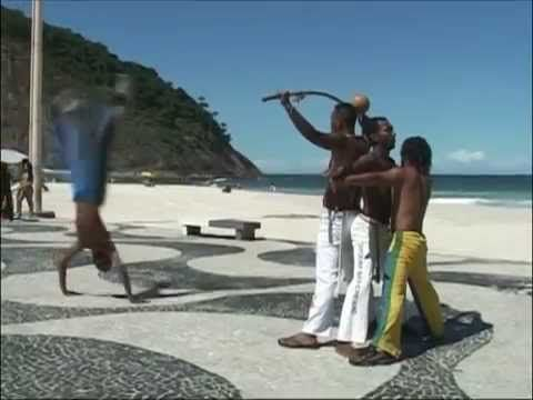 capoeira fight brasil - YouTube