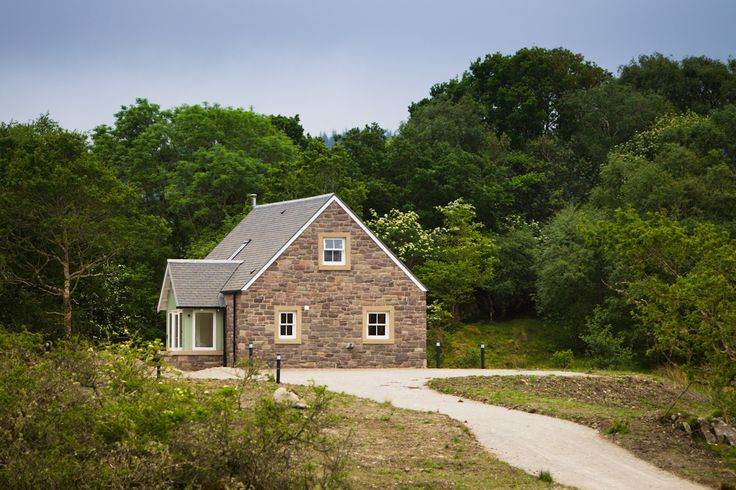 luxury holiday cottage in Scotland with private beach next to Loch Creran, near Port Appin and Oban Scotland