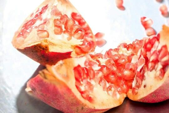 Did you know that in ancient times the #pomegranate was a symbol of life? We put it in our daily #diet because it is a source of valuable #ingredients and #wellness . Photo: @ventouris_photography