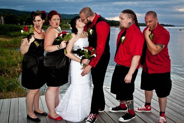 Best Group Wedding Shot Ever!  www.photographybyrowen.smugmug.com