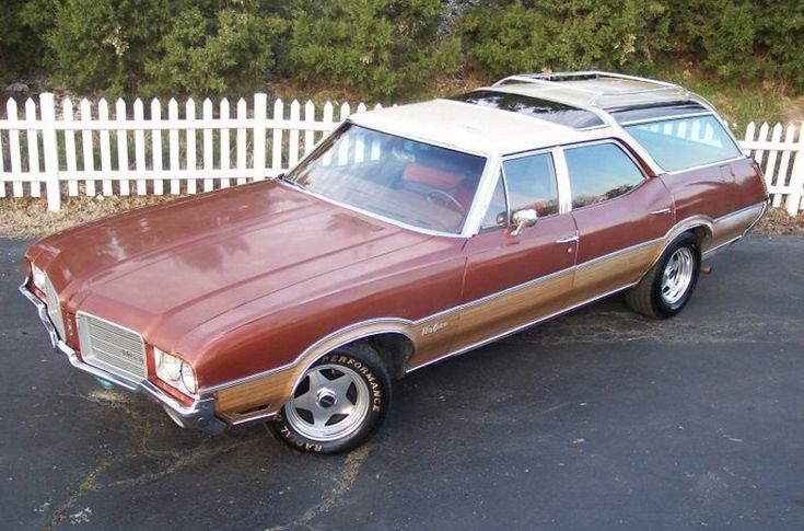 1966 Olds Vista Cruiser | 1971 Oldsmobile Vista Cruiser Happy Mothers Day Mom this is the car I was raised in and we pulled a horse trailer with it