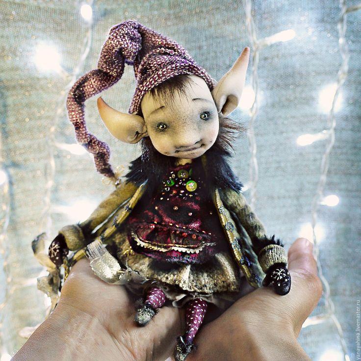 Купить Крошка Эйлин - оливковый, авторская кукла, текстильная кукла, гном, гномочка, сказочный персонаж