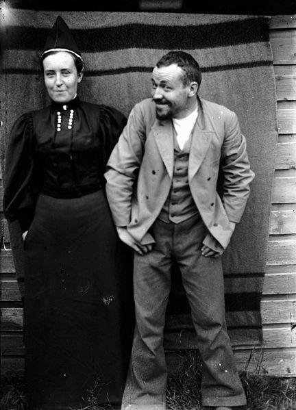 Finnish artist, Hugo Simberg,  with his sister Blenda, photo taken by the artist with the aid of delayed-action release. 1896 - Finland .. What an impish grin!
