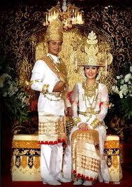 Lampung wedding dress