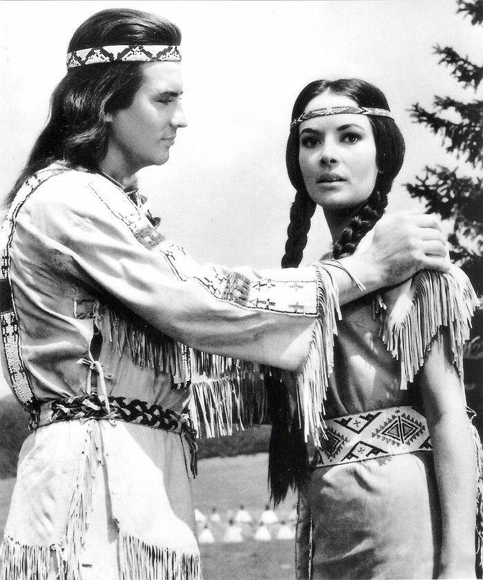 Pierre Brice a  Karin Dor v snímke Vinnetou -...
