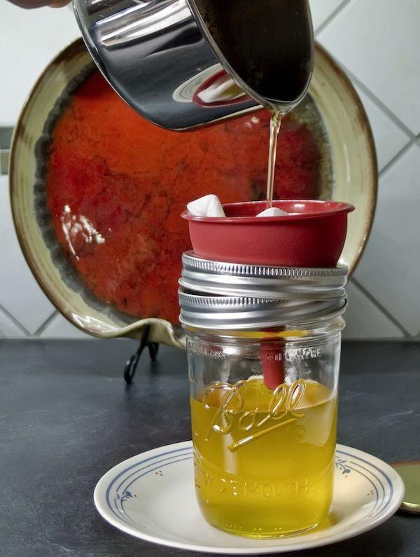 Comment obtenir du Ghee (beurre clarifié principalement utilisé en Inde) - ©Ljguitar CC BY 2.0