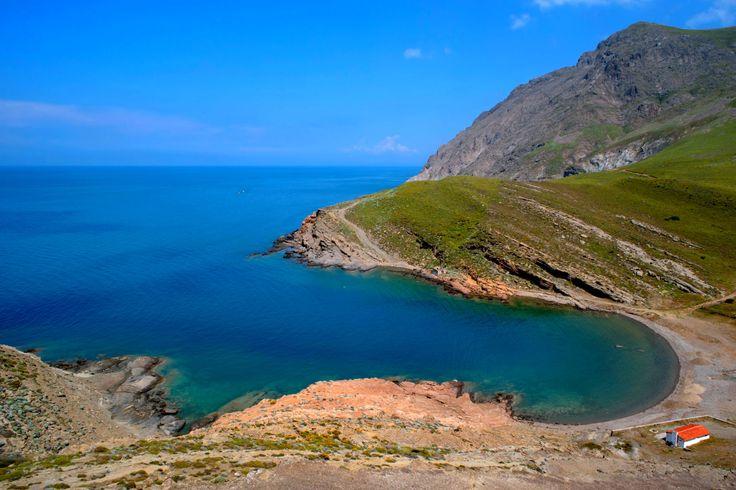 Türkiye'nin en batı noktası İncirburnu'nu görmek için cennet ada Gökçeada'ya gitmek ister misin?