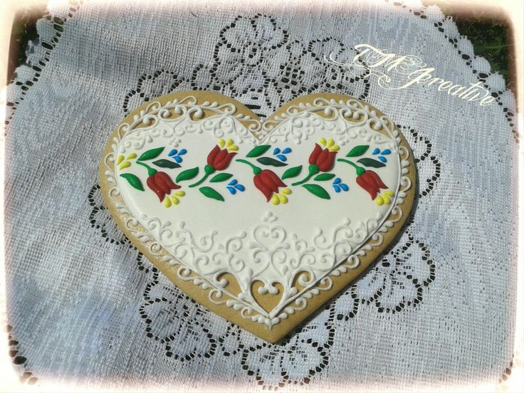 #TMJcreative #gingerbread #cookie   #hungarianfolkart #heart