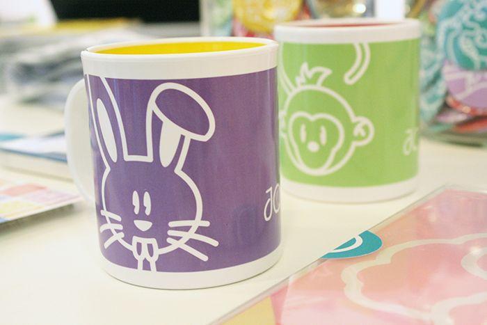 Alejo, Renato y Rulito tomaron forma de taza como los Gemelos Fantásticos y se hicieron macanas para el té.