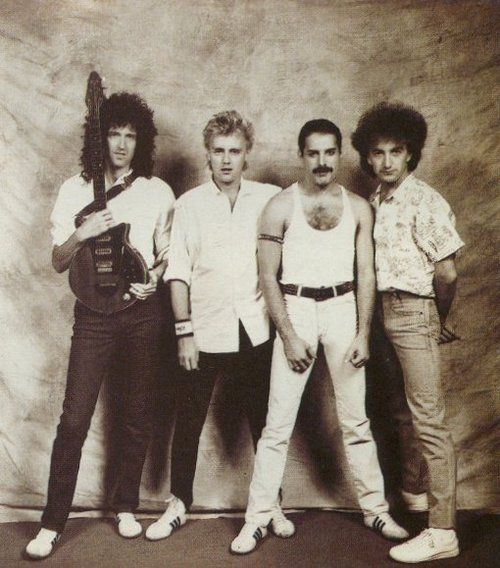 Queen Band Photo Live Aid 1985   Love this band <3 Great music