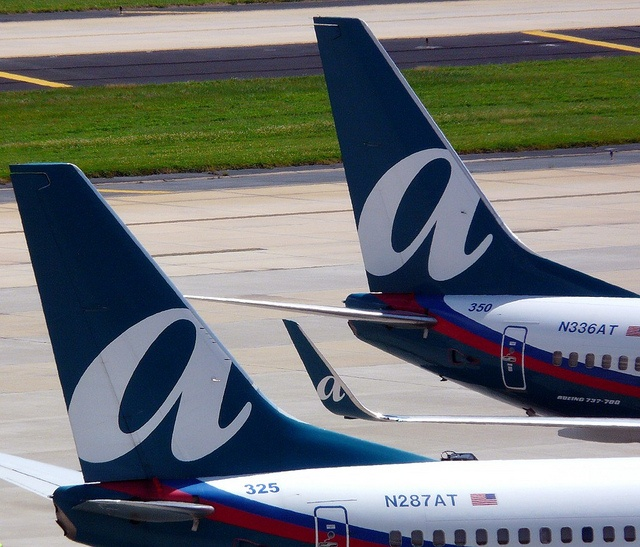 "I live by the airport, and it is fun to watch the planes come in, and take off. At night Air Tran lights up the ""a"" on the tail...love it!"