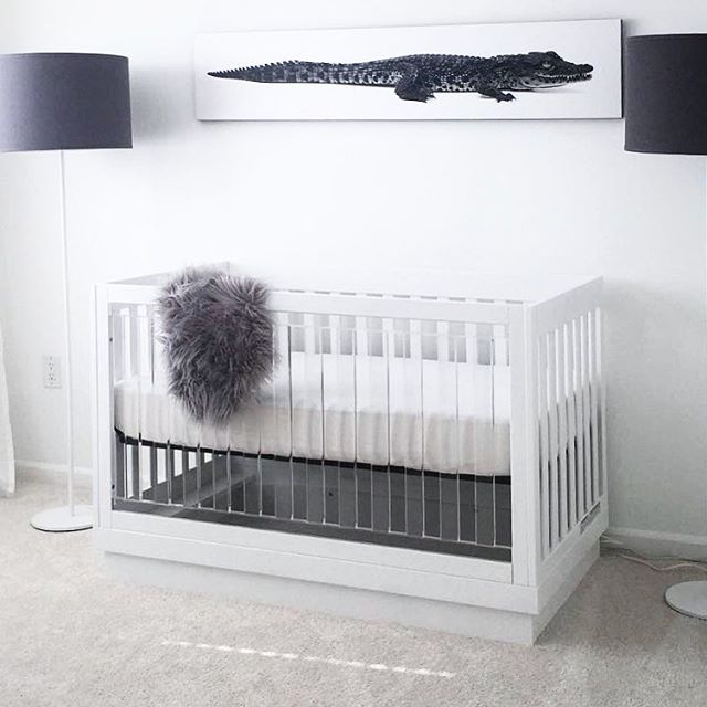 The Babyetto Harlow Crib Was Selected As A Must Have By Kourtney And Khloe Kardashian See Their Registry At Amazon Link In Cribs Babyletto Babyletto Crib
