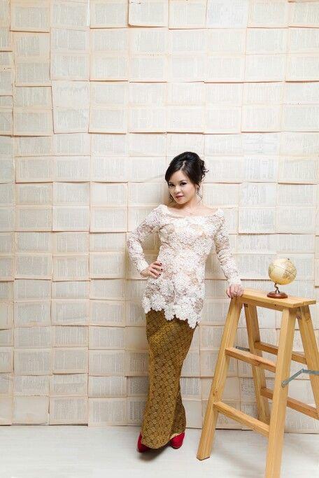 Modern Traditional on My Graduation Day #kebaya #designbyme #ladesignprojects #fashion #houtecouture #design #bandung #westjava #Indonesia
