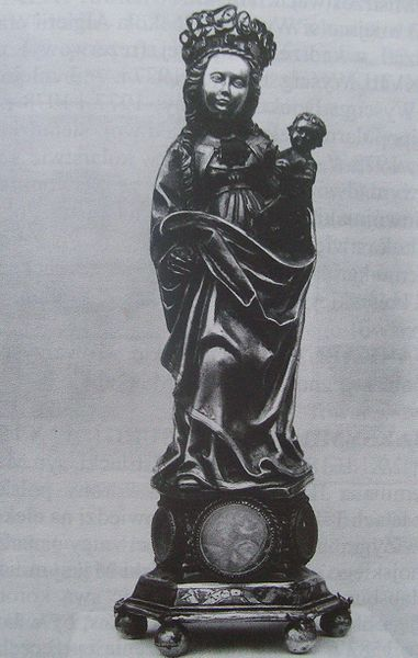 Silver  Madonna of Wielun dated  1510 was looted in 1939 from Poland.