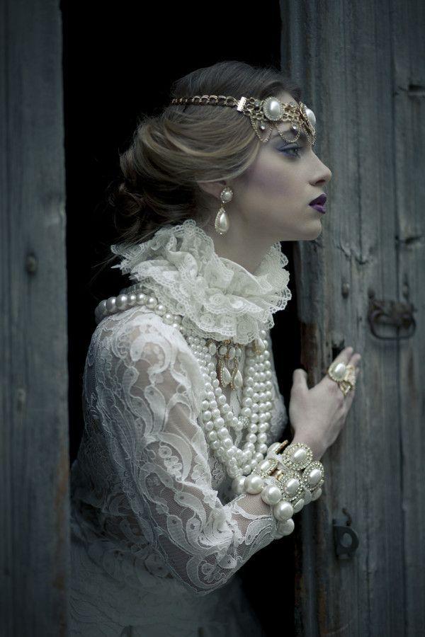 Pearls - Berengaria of Navarre by Louis Loizides Mitsu, Fairy tale fashion fantasy