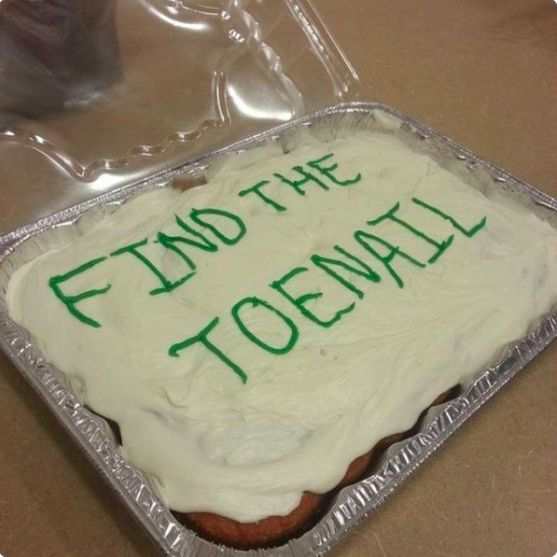 15 Brutally Savage Cakes That Will Seriously Hurt Your Feelings