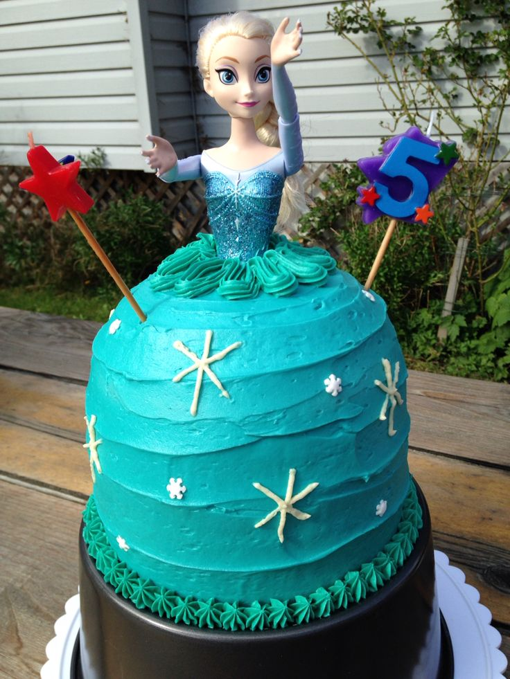 Elsa cake for Paige's 5th birthday!