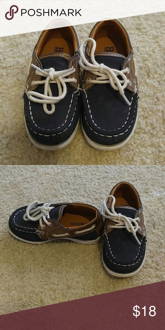 Kids shoes Brown and blue boat shoes used once Shoes Sneakers