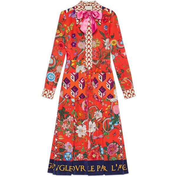 Gucci Patchwork Print Silk Dress ($3,095) ❤ liked on Polyvore featuring dresses, ready-to-wear, women, patchwork dress, zip back dress, bow neck dress, below knee dresses and fuschia dress