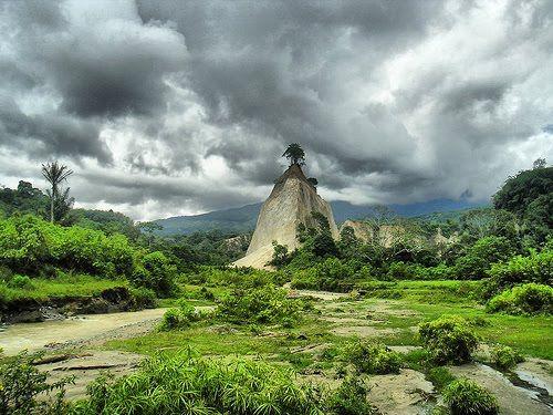 ngarai sianok_Bukittinggi-West Sumatera