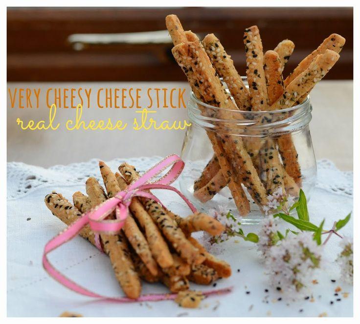 Indonesian Medan Food: Kue Keju / Cheese Stick / Cheese Straw
