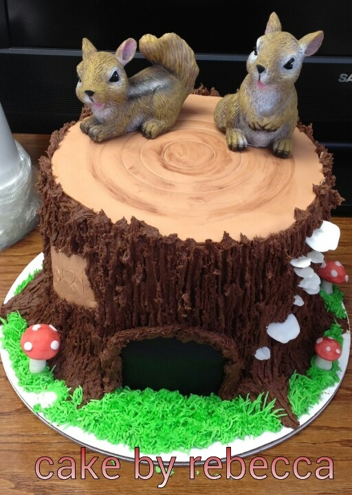 Tree stump cake | Cake by Rebecca/facebook.com | Pinterest ...