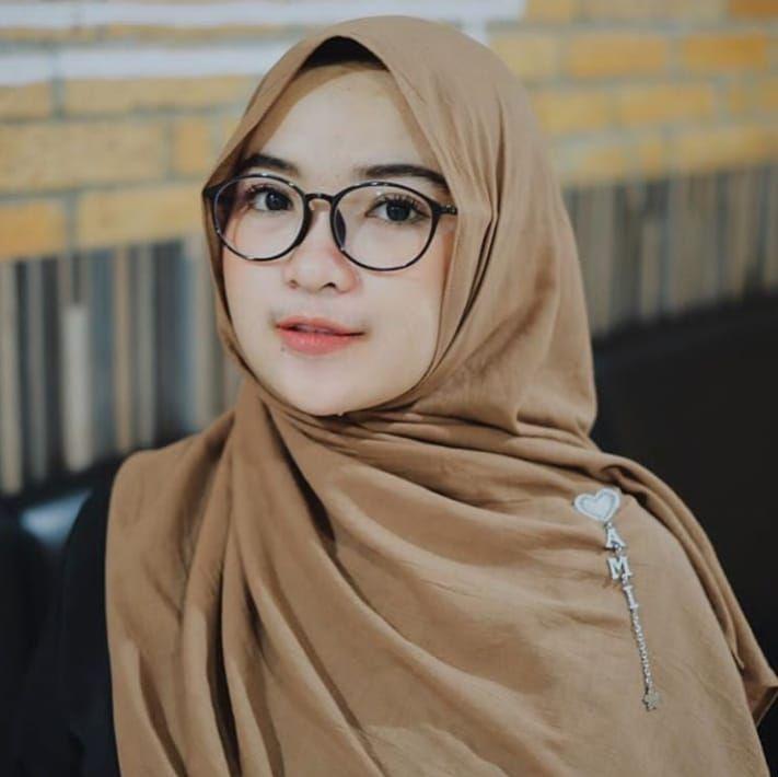 Pin oleh Tgk saifuddin di Aceh   Kecantikan, Jilbab cantik
