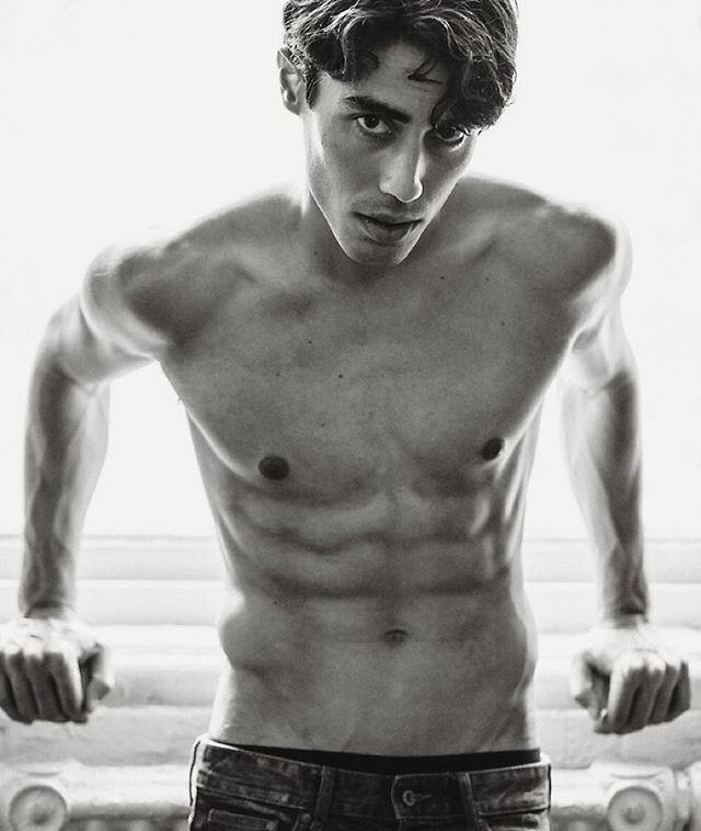 @thejeancarlos #male #model #fitness #health #photographer #photographingmen #blackandwhite