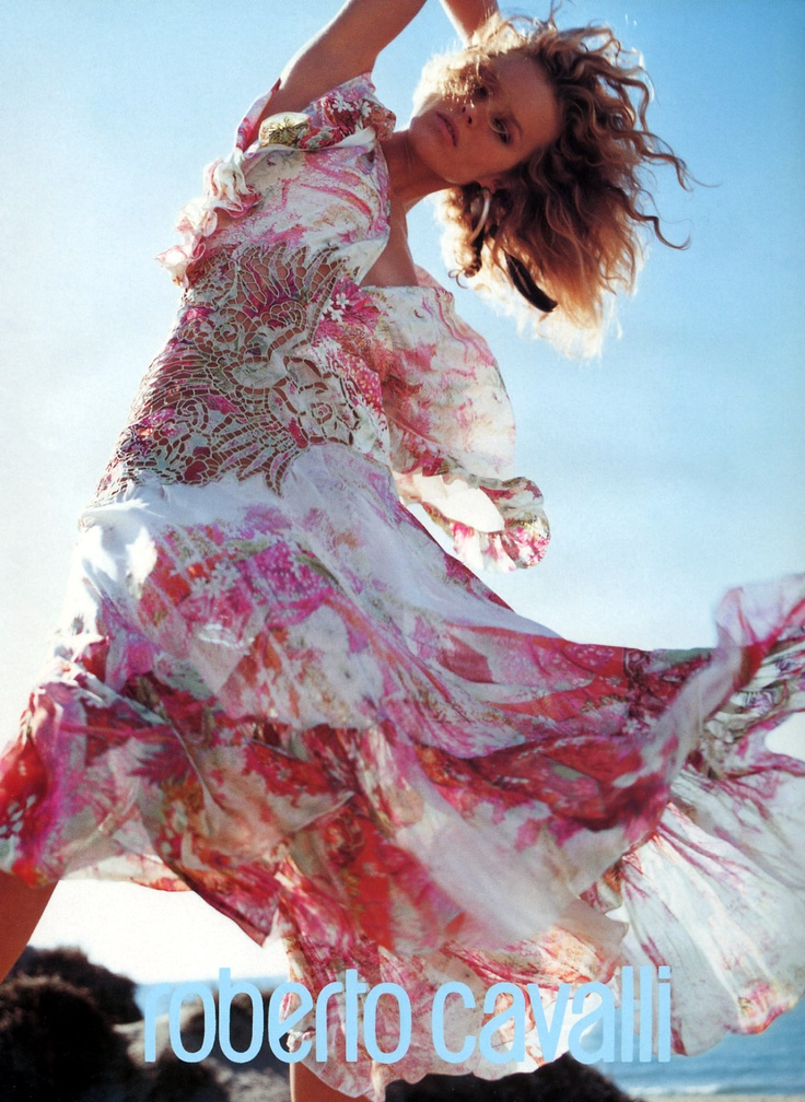 Eva Herzigova | Photography by Mario Testino | For Roberto Cavalli Campaign | Spring 2002 #evaherzigova #mariotestino #robertocavalli #2002