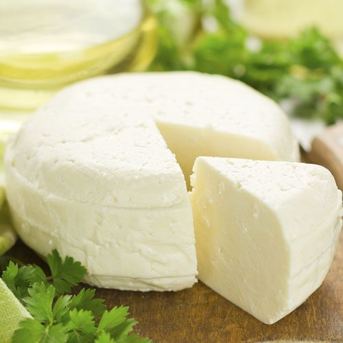 С домашним молодым несоленым сыром от SeasonMarket завтрак обретет полноценность из-за особо высокой концентрации витаминов и кальция. Благодаря низкому содержанию в нем соли этот сыр — идеальный компонент ежедневного меню. Домашний молодой сыр от SeasonMarket — ощутите всю нежность и прелесть сливочного сырного вкуса сегодня.