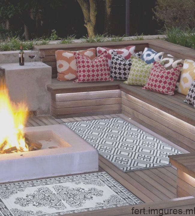 Une Terrasse Pour Les Accessoires De Decoration Interieure Chez Westwin Bei D Terrace Outdoor Sectional Sofa Summer Time