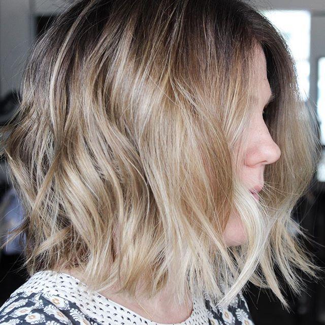 Tonal Texture ❤️ #hairbycharlie #charliesangels #zeromaintenancehaircolor #effortlesshair #betterblonde /// CONTACT: brian@hairbycharlie.com for Bookings