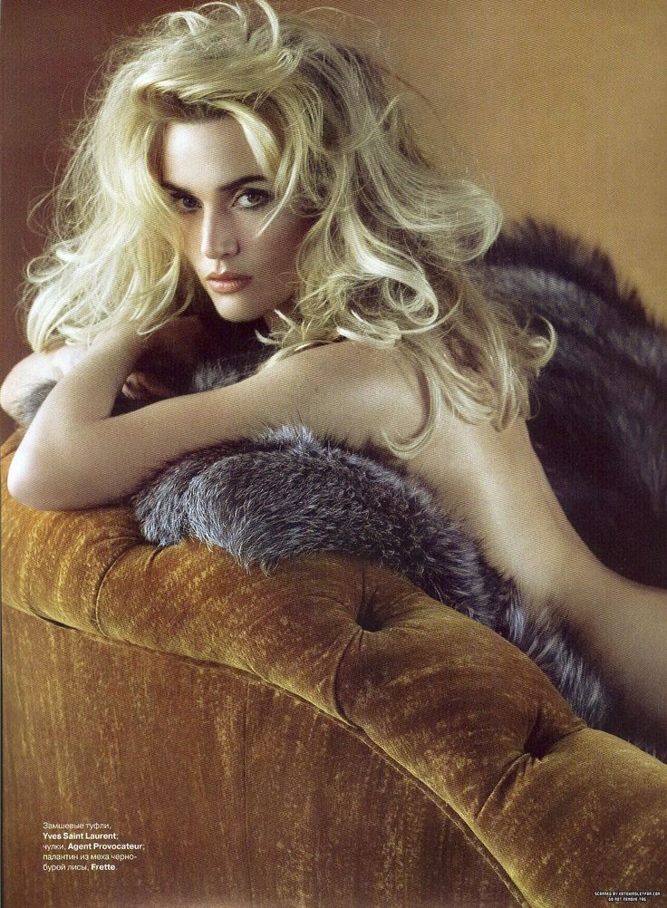Kate Winslet for Tatler Russia.  #Groan of Zeena Oh lord  why do you open your cloth. Silke:Wrong ..hahah Dalilah:Ala jom pegi tengok Abang Long Fadhil.I belanja baju.