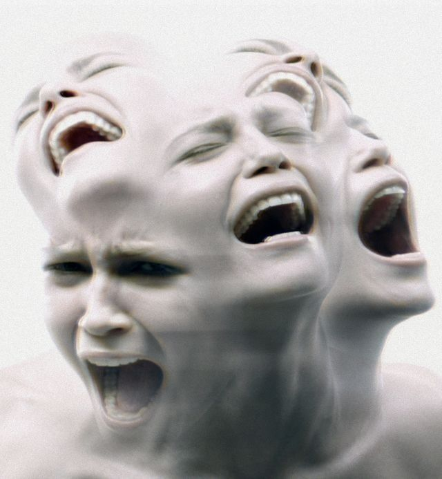 Mental disorders - Exprime ton mal-être, ça ira mieux. Fibromyalgia, pain, faces, desperate, strong, intense, photo b/w