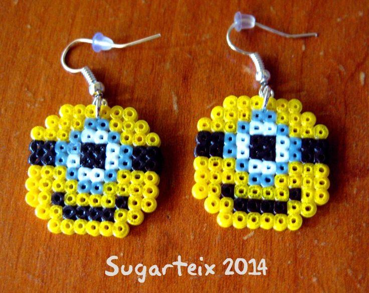 Minion earrings hama mini beads by Sugarteix Equipo Creativo -   www.sugarshop.eu