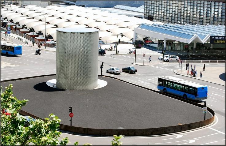 Monumento a las victimas de los atentados terroristas del 11 de marzo de 2004. Estación de Atocha.