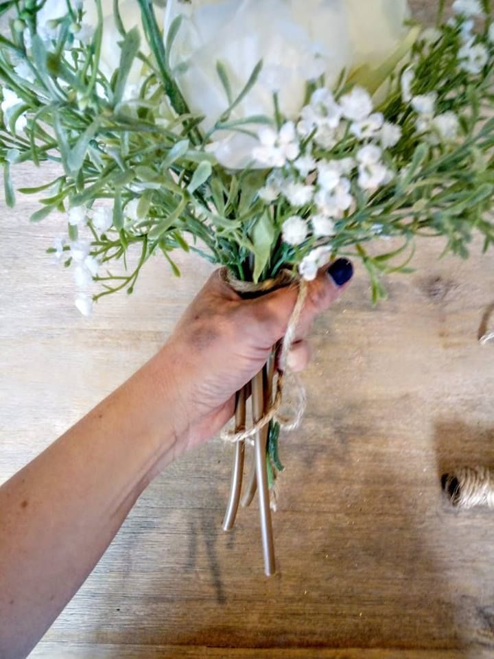How To Make A Simple Peony Baby S Breath With Foliage Bouquet Foliage Bouquet Babys Breath Peonies