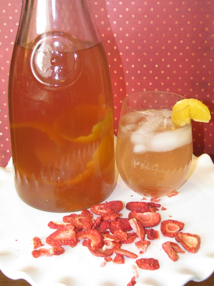 Lose up to 50 LBS in 3 MONTHS with this ZERO CALORIE Detox Drink! Ditch the Diet Sodas and the Crystal Light, try this METABOLISM BOOSTING Strawberry Tangerine Drink and drop up to 10 lbs PER WEEK! Best part...... you get to eat! #LoseWeightByEating