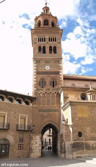 Torre mudéjar de la catedral, uno de los símbolos de la ciudad de Teruel