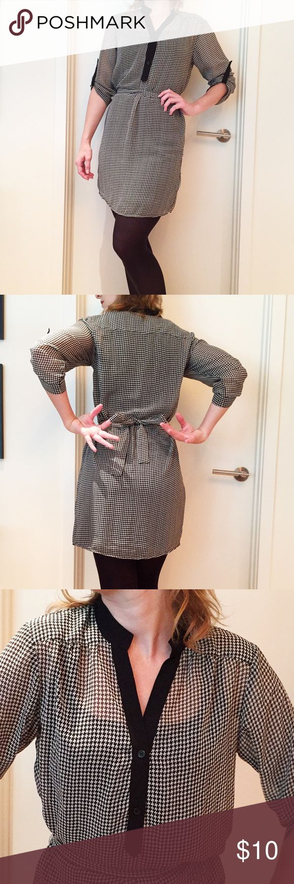 Herringbone shirt dress tunic Classy black and white herringbone sheer shirt dress or tunic. Super cute over leggings with boots. Get on the heritage fabric pattern trend! Tacera Dresses Long Sleeve