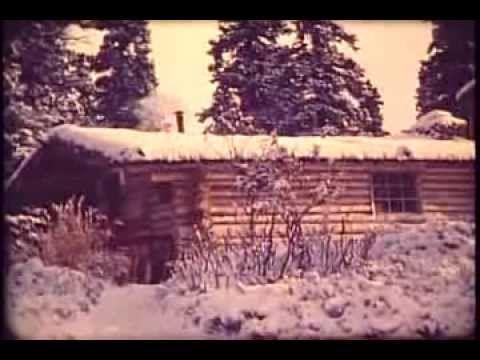 """Richard Louis """"Dick"""" Proenneke, né le 4 mai 1916, mort le 20 avril 2003, est un naturaliste américain, qui vivait seul dans les montagnes des Twin Lakes en Alaska. Il a vécu dans un chalet de bois qu'il avait construit de ses propres mains. Richard Proenneke tenait un journal où il inscrivait de nombreuses données météorologiques et naturelles."""