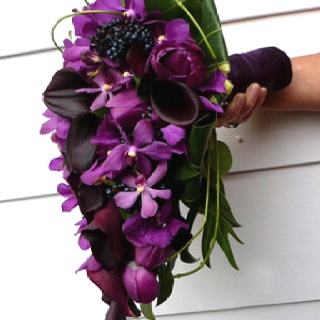 17 Best Images About Trailing Bridal Bouquets On Pinterest