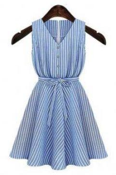 Mavi Beyaz Çizgili Belden Kuşaklı Mini Elbise #modasto #giyim #moda https://modasto.com/minti/kadin/br5924ct2