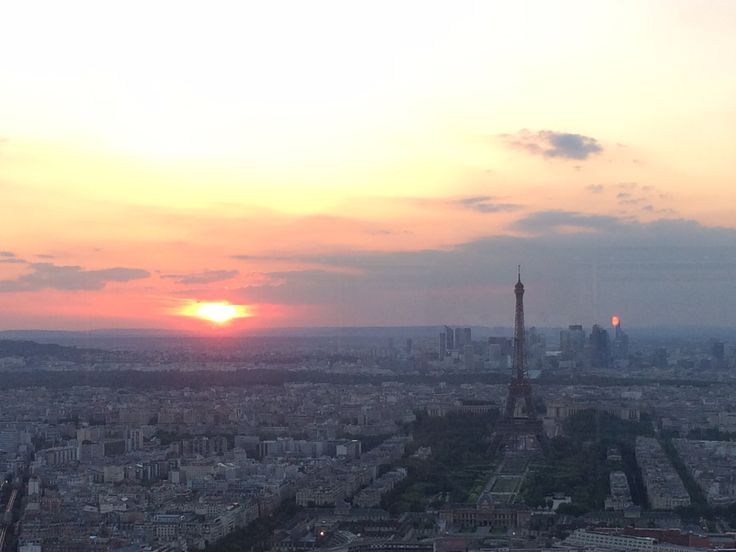 View of the city from Montparnasse.  By: Carolina Serrano