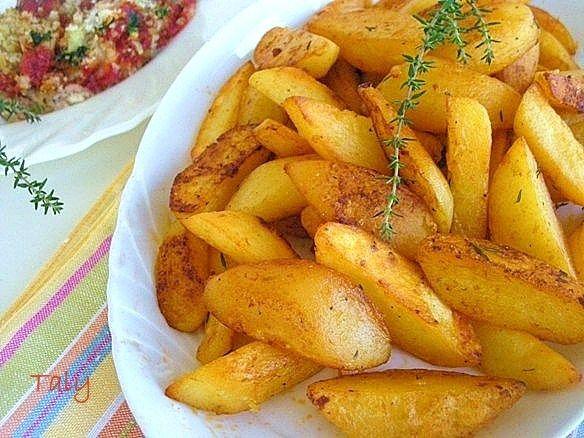 PATATE DORATE AL TIMO.- #Patate dorate e croccanti senza l'ausilio del forno. Un po' d'#olio , una padella e le patate giuste e potrete farle anche voi!!