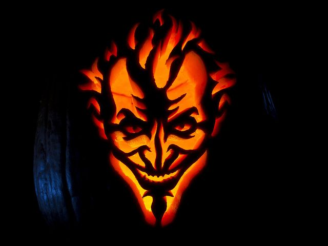 Batman: Arkham Asylum Joker Jack-O-Lantern - Just carved this one for our pumpkin!