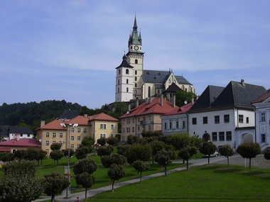 Historisches Zentrum von Kremnica mit der Stadtburg